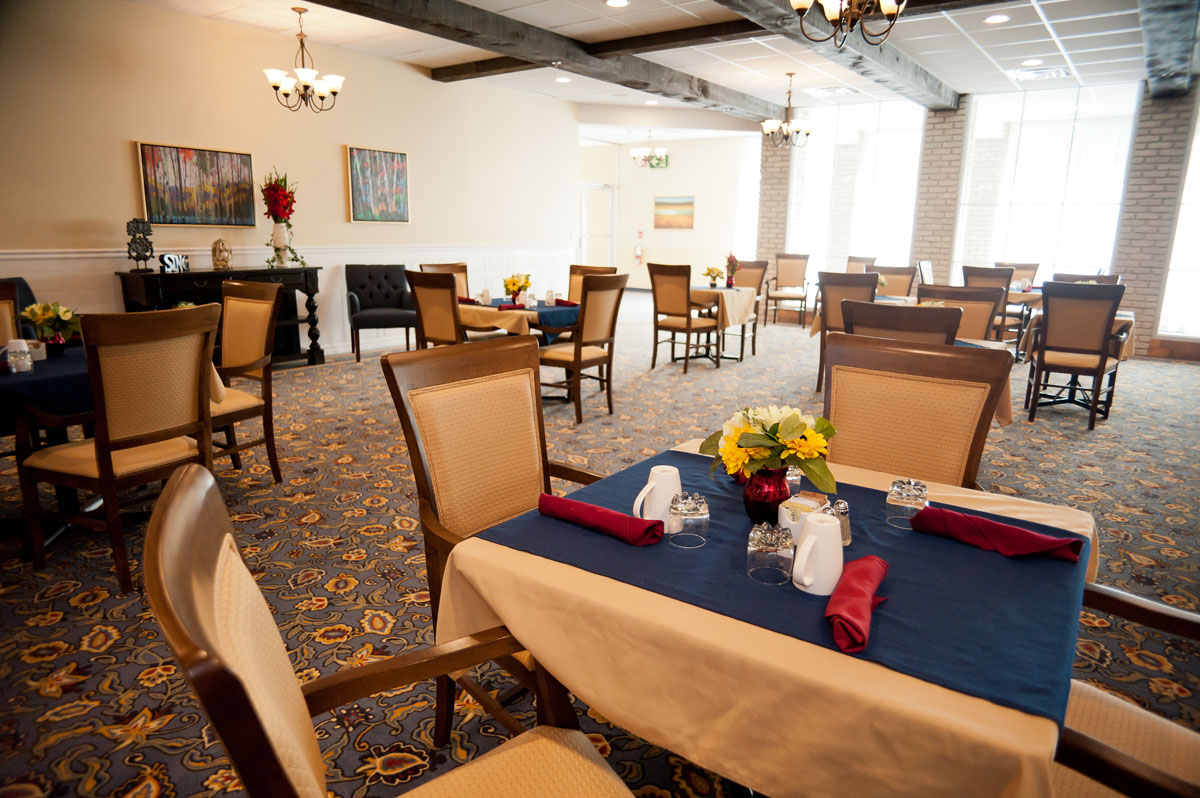 Lounge at Oaks Retirement Village in Wallaceburg